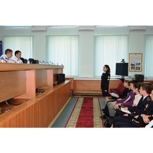Руководство УВД Зеленограда встретилось с учащимися колледжа полиции