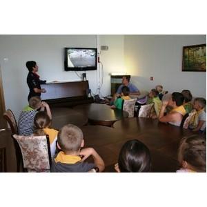 Инспекторы ГИБДД встретились с воспитанниками Центра поддержки семьи и детства «Зеленоград»