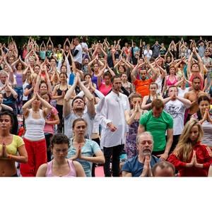 Четвертый международный день йоги в России