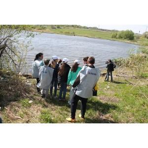 Активисты ОНФ в Мордовии очистили от мусора берега водоема в Лямбирском районе