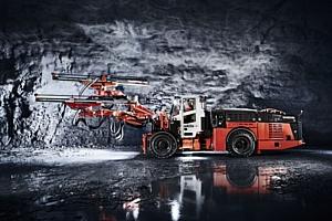 Sandvik представила проходческую буровую установку на аккумуляторной батарее