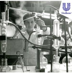 Unilever во всем мире поддержал Международный женский день