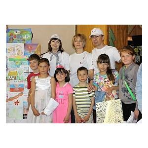 Активисты ОНФ в Белгородской области ко Дню России организовали конкурсы рисунков в детских лагерях