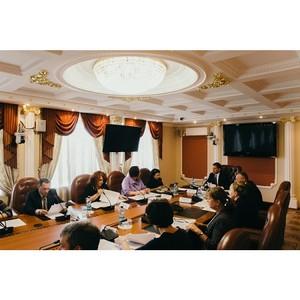 Активисты ОНФ обсудили с губернатором Амурской области реализацию проектов Народного фронта