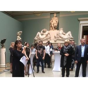 Уникальный проект сотрудничества музейщиков и пластических хирургов