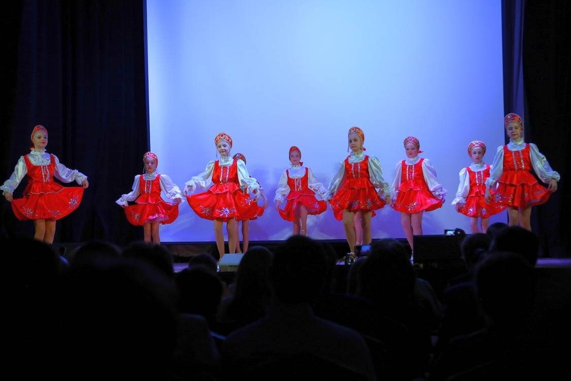 Образцовый ансамбль танца «Ровесник» Центра культуры «Хорошевский» отметил юбилей в Москонцерте