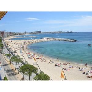 Продается отель на 1 линии от моря на побережье Коста Брава.