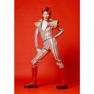 Дэвид Боуи - стиль и модные тенденции в одежде