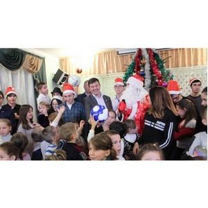 В Нальчике активисты ОНФ провели акцию «Новогоднее чудо»