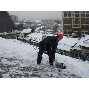 В Московской области своевременность расчистки крыш от снега и наледи взята на особый контроль