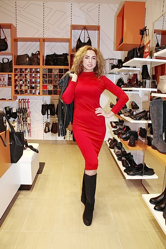 Актриса Евгения Короткевич любит баловать себя покупками.
