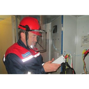 Специалисты Удмуртэнерго борются с незаконным потреблением электроэнергии