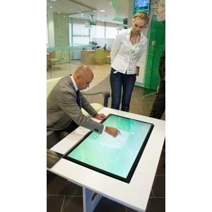 Инновационный  стол  с  мультисенсорными технологиями