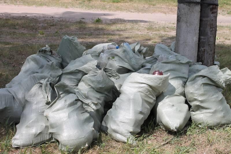 Активисты ОНФ в Мордовии организовали для жителей села Старое Синдрово экологический субботник