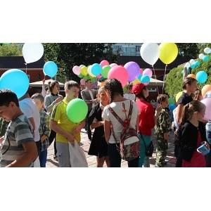150 детей получили подарки от «Г.М.Р. Планета Гостеприимства»
