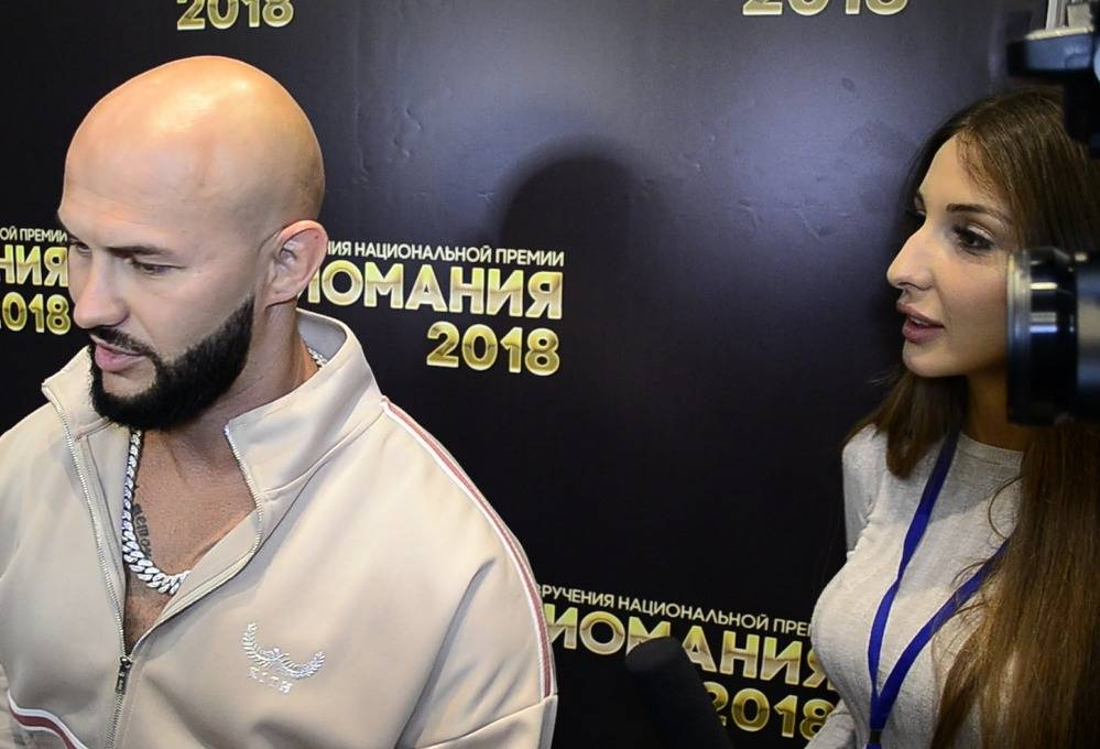 Победительница конкурсов красоты Яна Захарова представила свою видео-рубрику