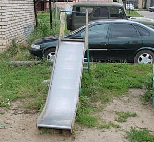 В Саранске некоторые детские площадки угрожают здоровью детей