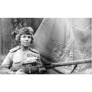 Активисты ОНФ считают, что имя полного кавалера ордена Славы Нины Петровой должно быть увековечено