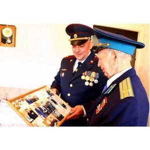 Наркополицейские поздравили ветеранов Великой Отечественной войны и тружеников тыла