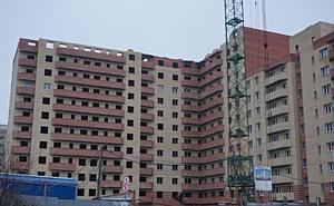 На ЖК «Зеленый квартал» холдинга «Аквилон-Инвест» строители готовятся к кладке последнего этажа