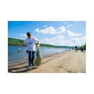 Участники акции «Нашим рекам и озерам – чистые берега» очистили от мусора реки Серебряная и Лёвиха