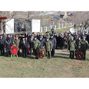 Традиции русского воинства чтим (спецтехника МПЗ в Дербенте)