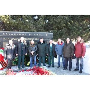 Сотрудники Сибирской оперативной таможни отдали дань уважения воинам-участникам локальных конфликтов