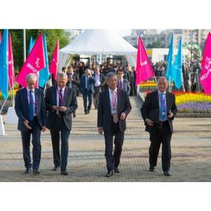 Подготовку к проведению выставки Иннопром и Российско-китайского Экспо обсудили в Екатеринбурге