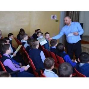 Специалисты «Мариэнерго» рассказали школьникам об опасности электричества
