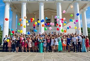В Дзержинске состоялась торжественная церемония вручения дипломов выпускникам СПО