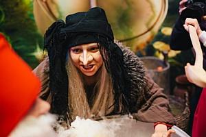 В Киеве состоялось благотворительное открытие долгожданного Музея Сказок