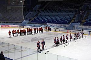 Состоялся товарищеский матч хоккейных дружин Правительства Чувашии и ЧЭСК
