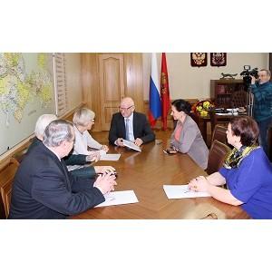 Активисты ОНФ передали губернатору Оренбургской области общественные предложения
