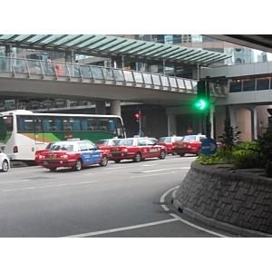 Таксисты Тольятти обменялись опытом в такси Гонконга