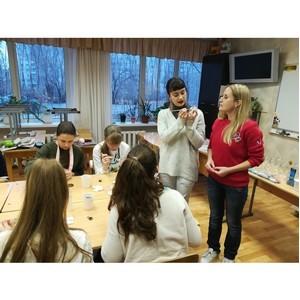 Волгоградская команда «Молодежки ОНФ» провела занятия для школьников в рамках акции «Класс доброты»