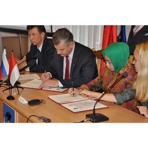 Орёл и Макассар подписали соглашение о сотрудничестве
