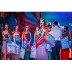 В Новосибирске 16 красивых девушек сразились за титул самой стильной