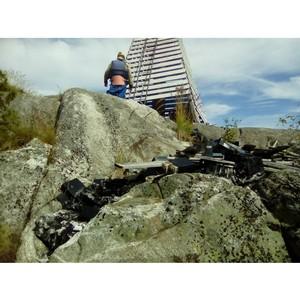 ОНФ в Карелии взял на контроль ликвидацию опасной свалки аккумуляторов на острове в Ладожском озере