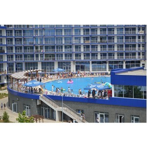 Новый плавательный бассейн открылся в Севастополе.