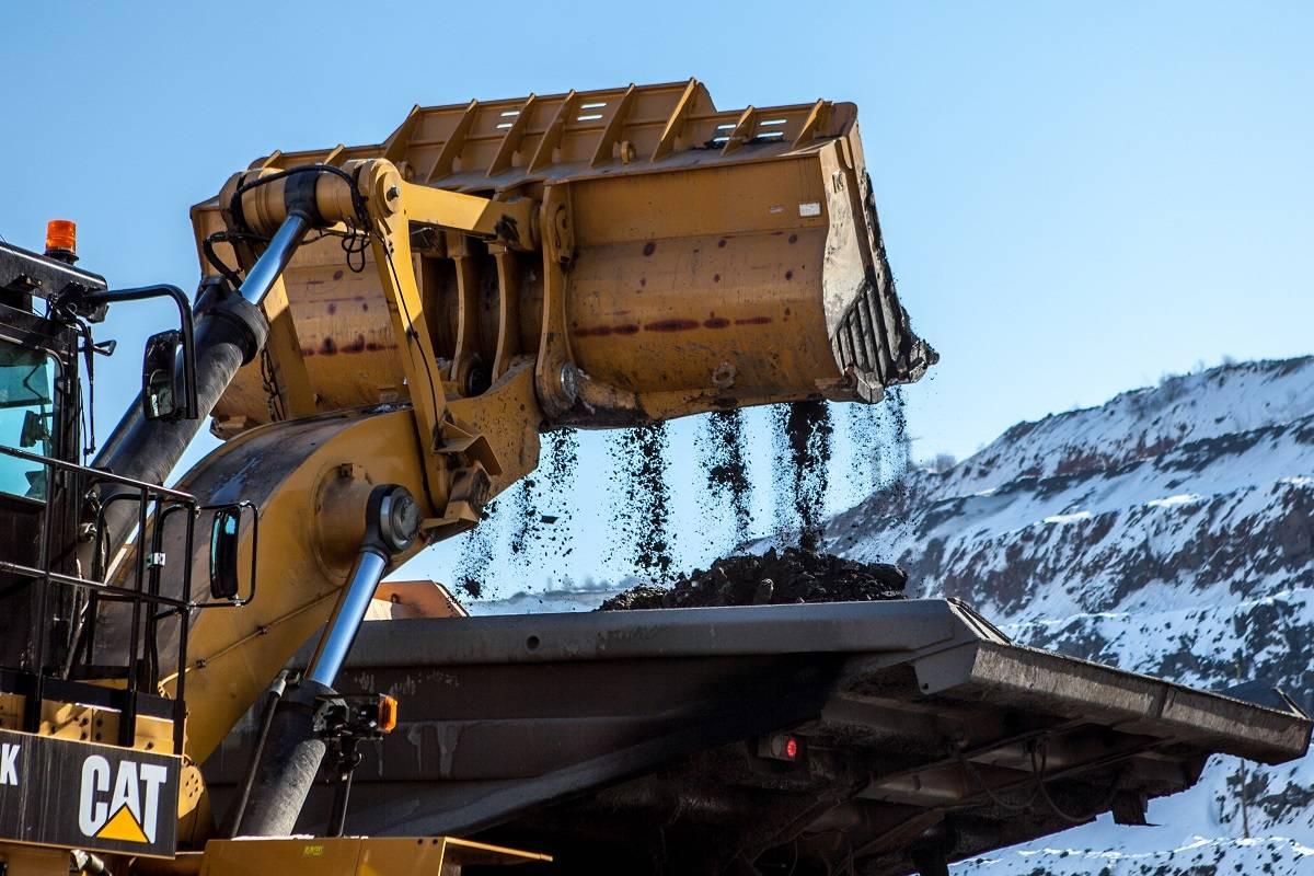 Стойленский ГОК расширяет парк горной техники