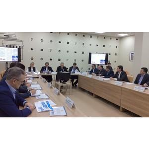 Обсуждение сотрудничества с производителями Свердловской области
