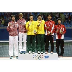 Samsung поздравляет российскую юношескую сборную по теннису с успешным выступлением