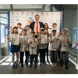 Ученики AMAKids вошли в Книгу рекордов России