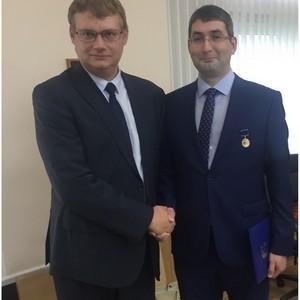Региональный совет Свердловского РО поздравил Анатолия Слудных с наградой