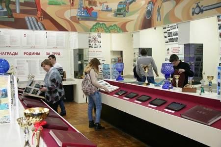В музее ОАО «Саратовнефтегаз» продолжается цикл тематических экскурсий