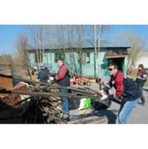 Трудовой коллектив ОАО «Варьеганнефть» принял участие в весеннем субботнике