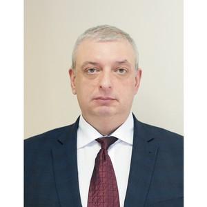 Директором по работе со страховыми компаниями и продажам ОАО «Медицина»  стал Петр Явербаум
