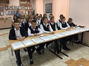 Активисты ОНФ организовали проведение уроков «Россия, устремленная в будущее» в воронежских школах
