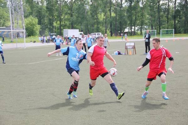 В Кемерово состоялся товарищеский матч по футболу между командами регионального ГУФСИН и ГУ МВД