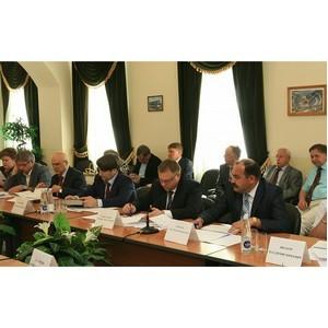 В Уфе обсудили вопросы сотрудничества высшей школы и производства.